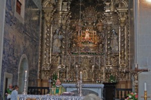 Mass at Sao Salvador
