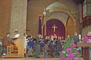 choir with pastor Ambro Bakker in Augustinus church. Vincent Kuin organ. Herman Paardekoper director
