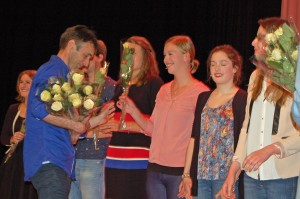Henriette receives her rose from Jos Sinnema